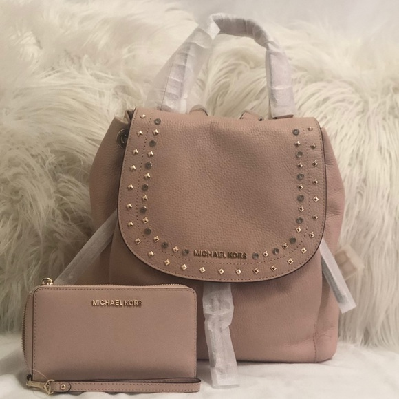 Authentic Michael Kors Riley Backpack   Wallet db2e0972484a7